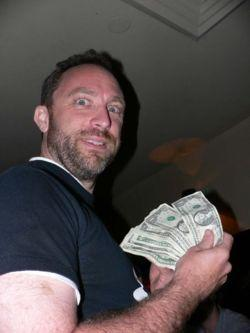 Jimmy Wales counting the bucks